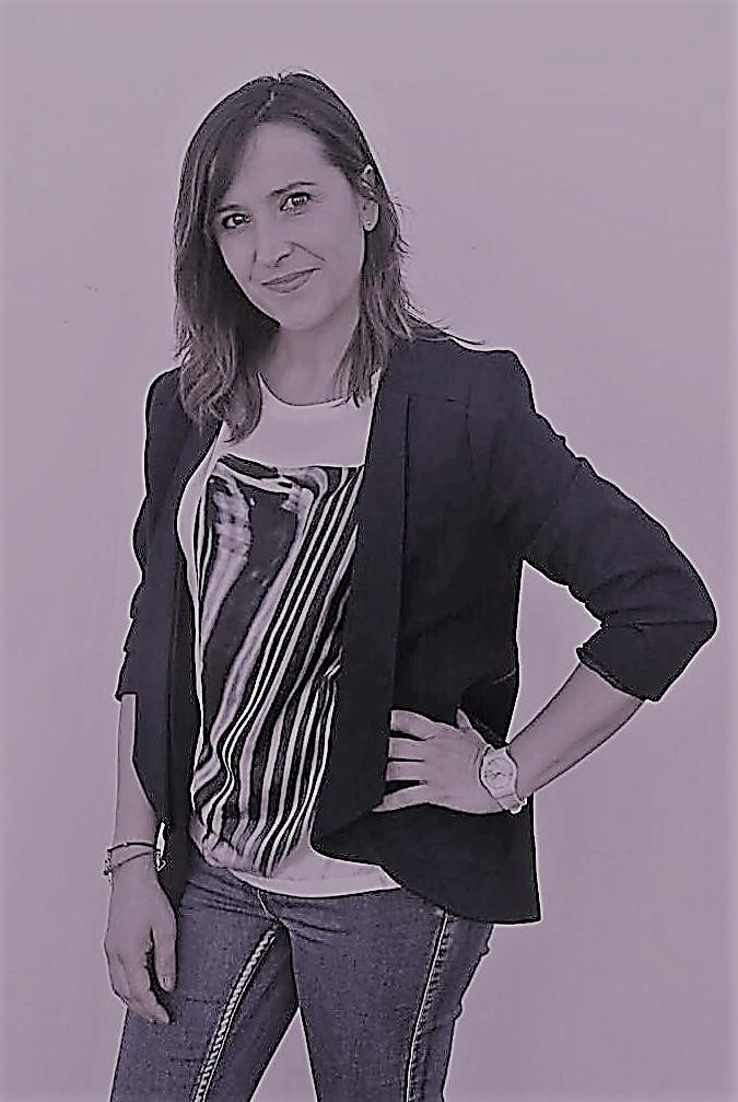 8. Lourdes Luque - Sobre nosotros